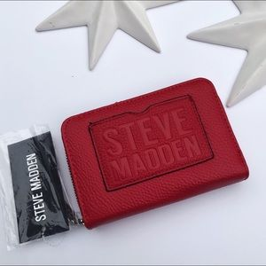 Steve Madden logo red wallet